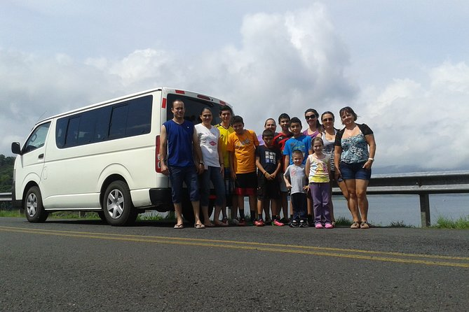 Transfer from Arenal or La Fortuna to Monteverde up to 5 passengers.