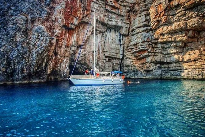Private Boat Tour Kotor - Lady of the Rock - Blue Cave up to 6 passengers