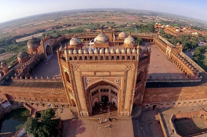 Same Day Majestic Taj Mahal Tour from Delhi