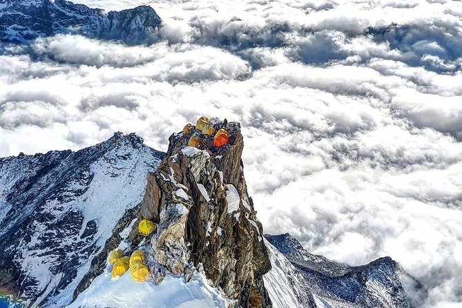 Mount Baruntse Expedition 7129M