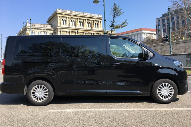 Private Minibus Transfer from Budapest to Vienna