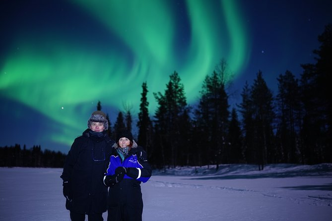 Northern Lights Wilderness Tour with Camera (Small Groups)