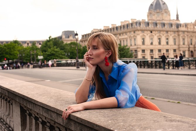 Private Walking Photoshoot in Paris