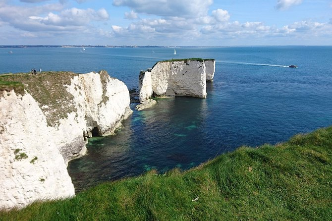 Private tour from Portsmouth: Sandbanks, Studland, Swanage, Corfe and Minstead.