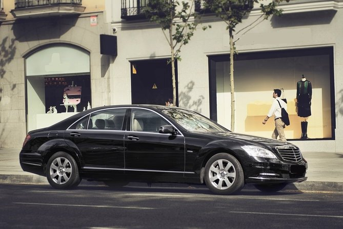 Departure Private Transfer Stockholm City to Bromma Airport BMA in Luxury Car