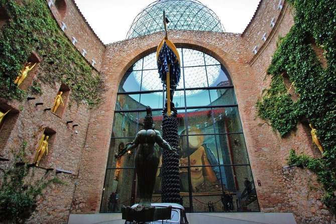 Private Dali Triangle Live Virtual Tour