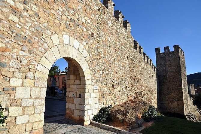 Private Legends, Traditions and Essence of Catalonia Live Virtual Tour