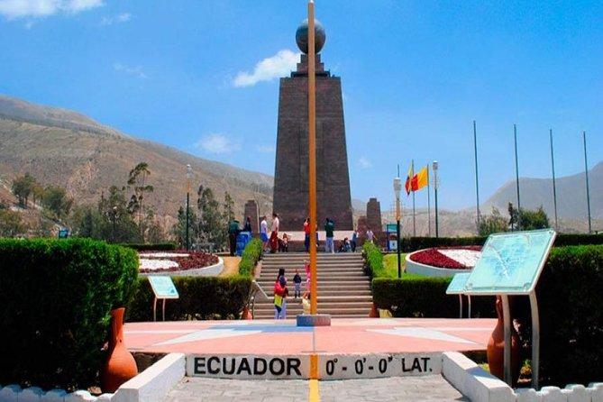 Quito - Mitad del Mundo - Otavalo - Lago San Pablo in 3 days