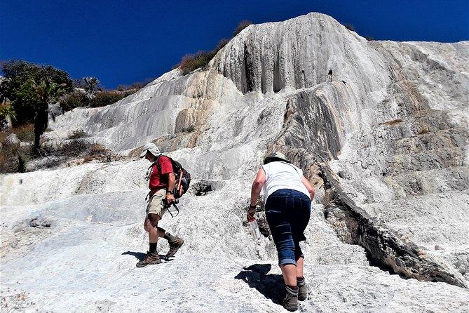 Hierve el Agua -Hiking