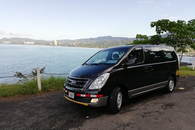 Transfer from SJO Airport or Hotels to Playas del Coco up to 5 passengers