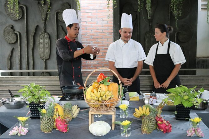 Cooking Class + Visit Local Market