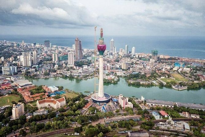 Colombo City Tour - Full Day (Up to 5 PAX)