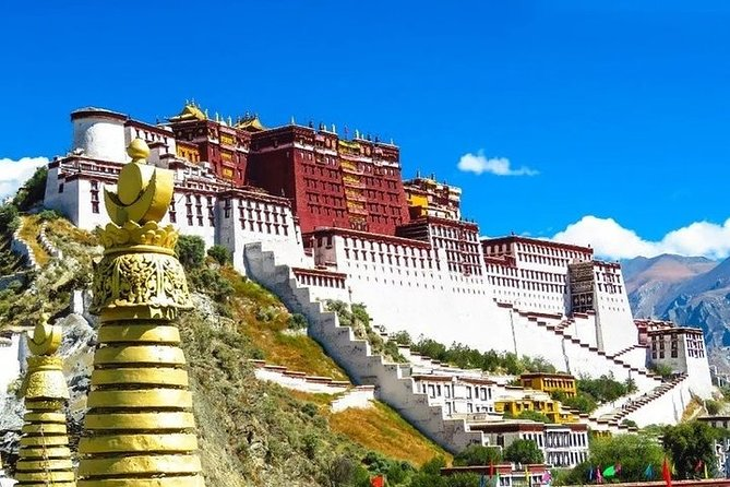 3-Day Private Tibet Tour from Guiyang: Lhasa, Yamdrok Lake and Khampa La Pass