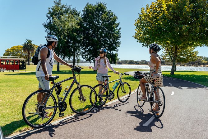 Withlocals Connect: The Beauty of Perth by Bike Small Group Tour