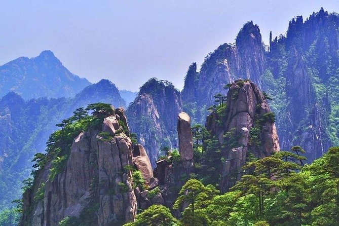 2-Day Huangshan Private Tour: Yellow Mountain and Hongcun Ancient Village