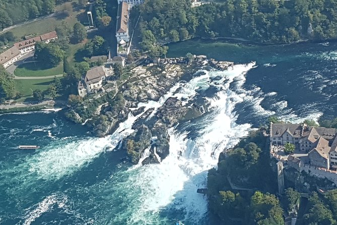 Discover Zurich from the air with a local pilot