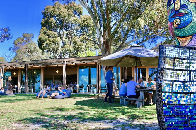 Mornington Peninsula 2-6 guests with Lunch and Art walk at Pt Leo Estate