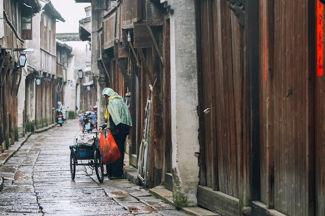 Private Transfer to Wuzhen Water Town from Hangzhou