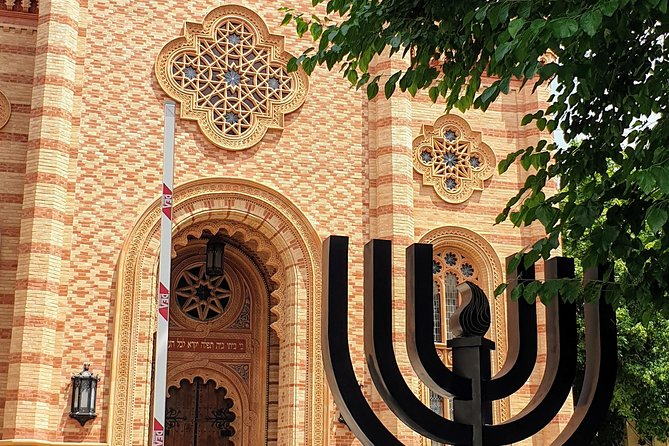Bucharest Jewish Heritage - Holocaust Memorial Private Car 4hrs Tour