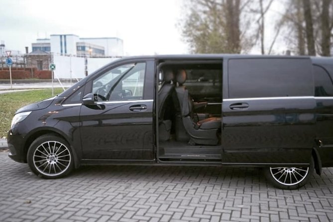 Brussels Airport Shuttle Transfer <-> Paris (1 to 8 PLACES)