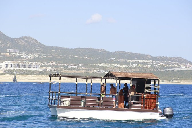 Private Snorkeling and Sightseeing Boat Tour 6 passengers