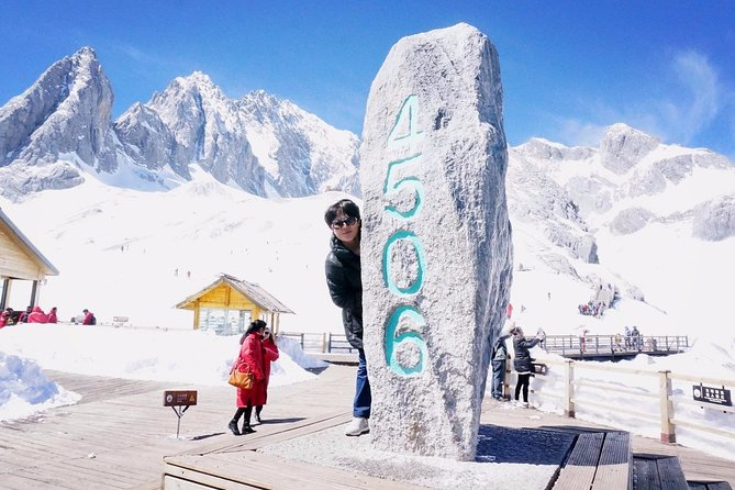 Lijiang Private Day Tour:Jade Dragon Snow Mountain, Baisha and Shuhe Villages