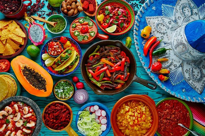 Visite privée de Mexico: marchés ethniques, musée de la tequila et du mezcal, Xochimilco