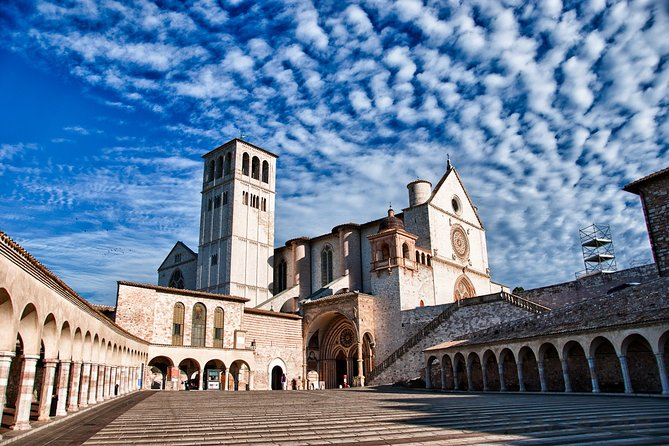 Assisi Fullday from Rome with Papal Blessing on Parchment and Lunch Included