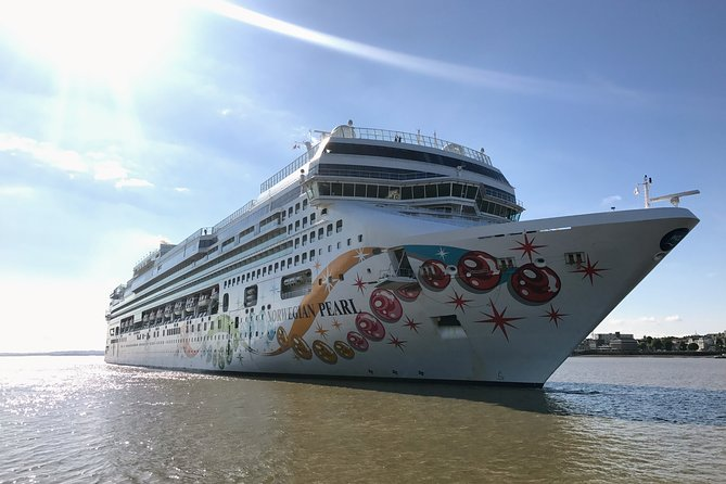 Private transfers to/from London Tilbury Cruise Port and London Gatwick Airport