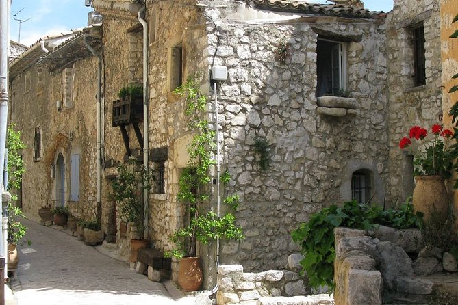 Full-Day Private Tour of Provence Towns and Medieval Villages photo 7