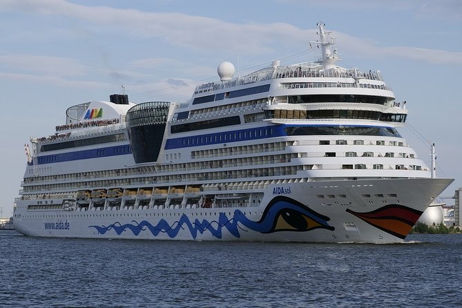 Private transfers to/from London Tilbury Cruise Port and London Luton Airport