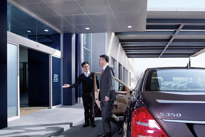 Private One Way Transfer Service to Guilin City Hotel or Airport from Yangshuo