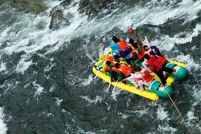 Mengdong River Rafting Adventure and Furong Old Town Private Tour