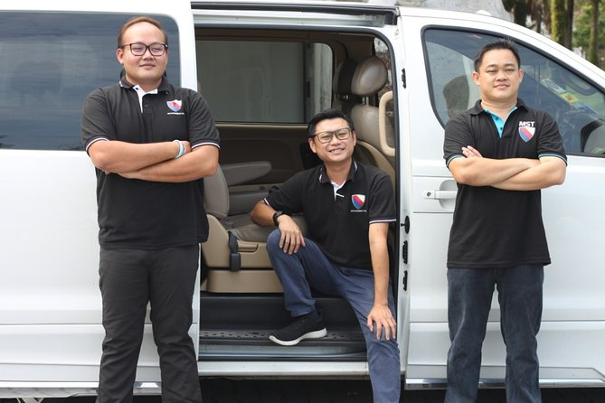 Chauffeur: Batu Pahat to Singapore Car Transfer