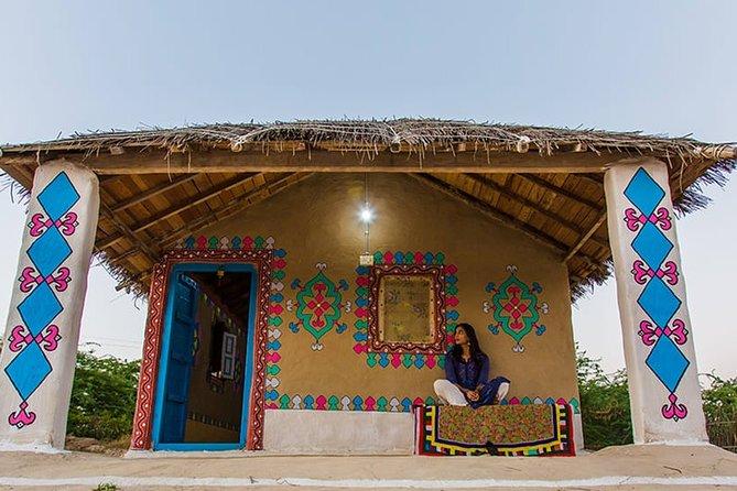 Bhuj, Narayan Sarovar Sanctuary & White Rann of Kutch Tour