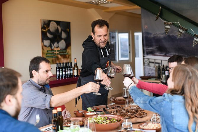 Private Wine Tasting Experience with traditional Lunch