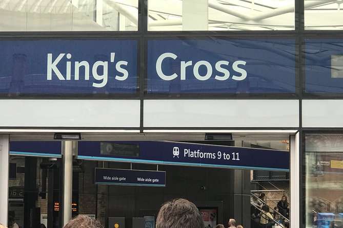 Private transfers between Gatwick - King's Cross & St Pancras Train Stations