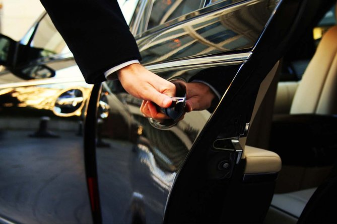 Private Transfer from Jorge Newbery Airport to Downtown Area