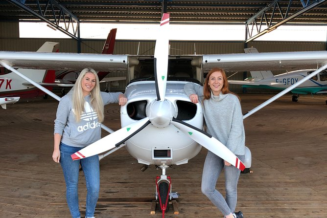 Day trip from London to Cambridge by a private plane