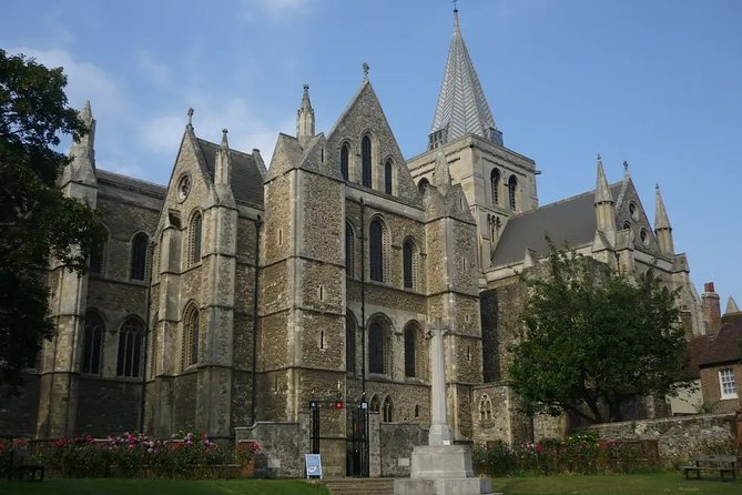 Pre/post cruise Private tour from Dover – Canterbury – Rochester – London