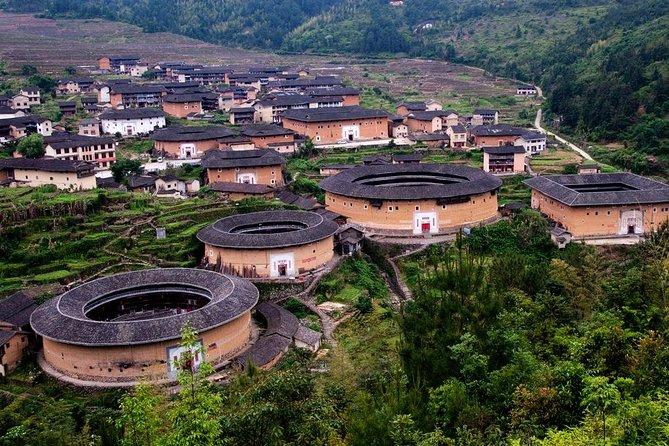 3-Day Private Tour to Hakka Tulou and Xiamen