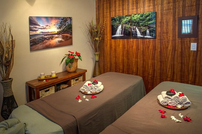 90 Minute Couples Aloha Massage photo 7