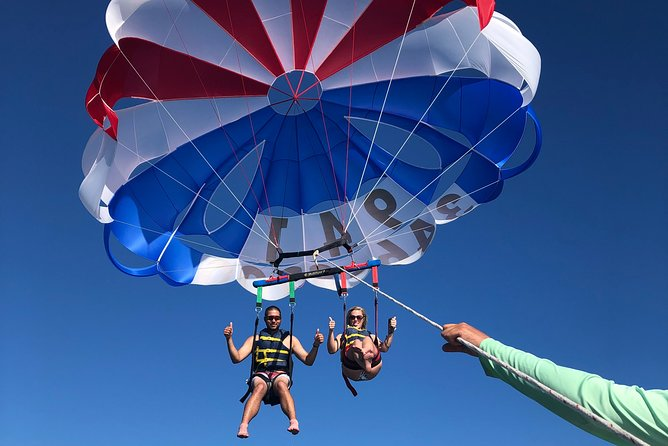 Parasailing on Siesta Key Island