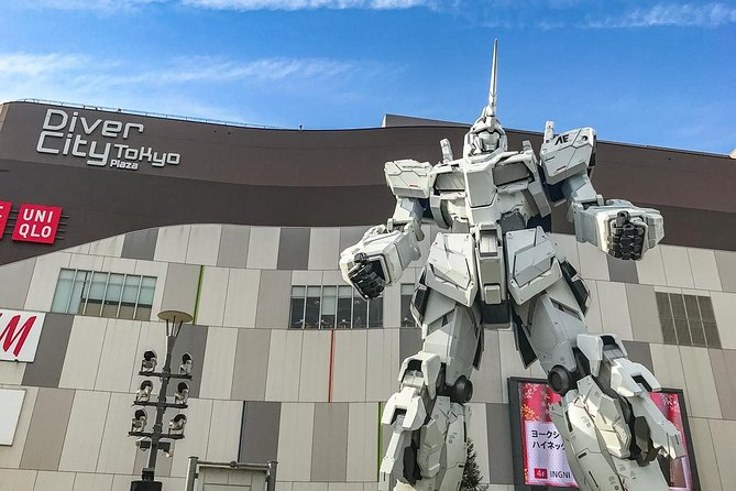 Private Tour - Touch the essence of Japanese technology at Odaiba!