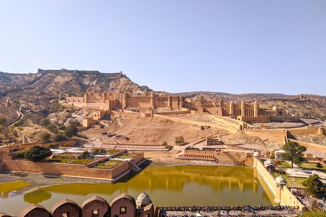 Private Full Day Jaipur with Amer Fort and Chandbaori