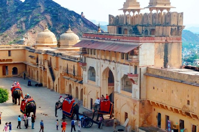 Private Guided Tour of Amber Fort