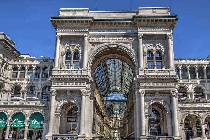 Milan Gran Tour - with skip-the-line tickets to Duomo Rooftop and La Scala