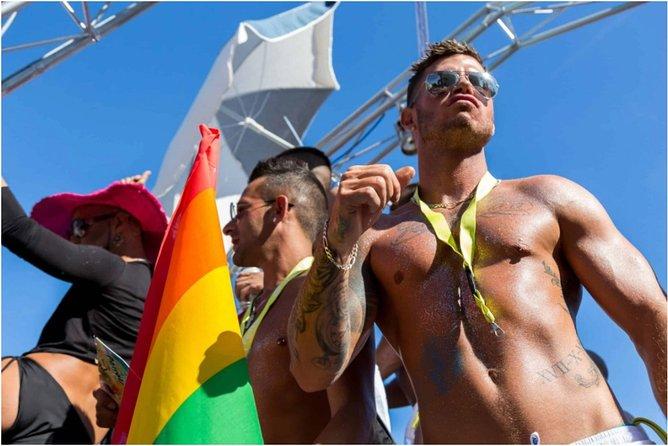 IBIZCUS Gay Charter Ibiza - LAGOON 40 Luxury Catamaran - 1 Pax Independent cabin