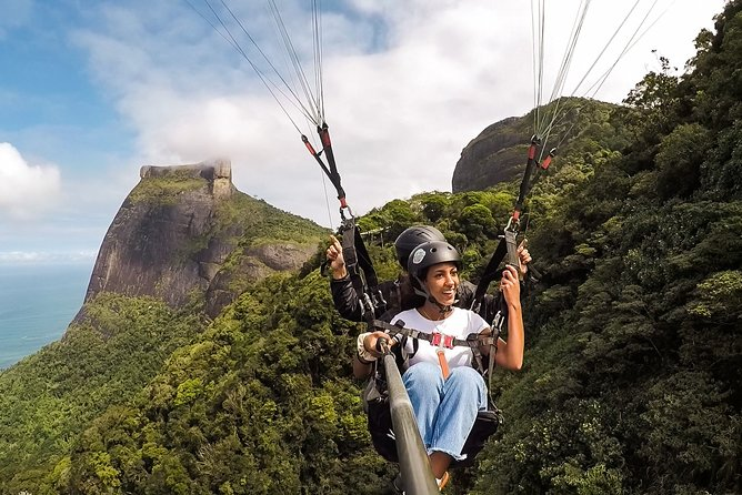 Paragliding in Rio de Janeiro with Hotel pick-up and drop-off