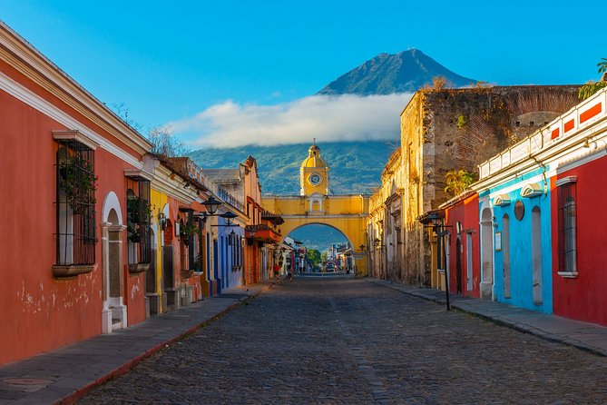 Antigua Guatemala World Heritage Site, Day Tour from San Salvador.